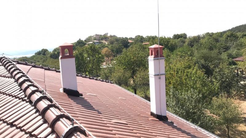 """Мълниезащита Варна: Конвенционална мълниезащитна инсталация – тип """"Фарадеев кафез''"""