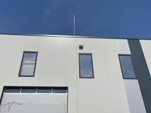 Мълниезащита на производствена сграда с мълниеприемник с изпреварващо действие AIDITEC SIGMA S2 - 45ms