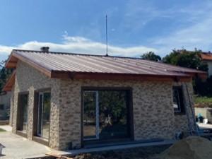 Мълниезащита във Варна- Монтаж на активна мълниезащита на метален покрив с мълниеприемник с изпреваращо действие 20 ms